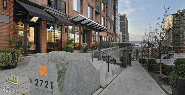Avenue One condo 2721 1st ave Belltown Seattle entrance