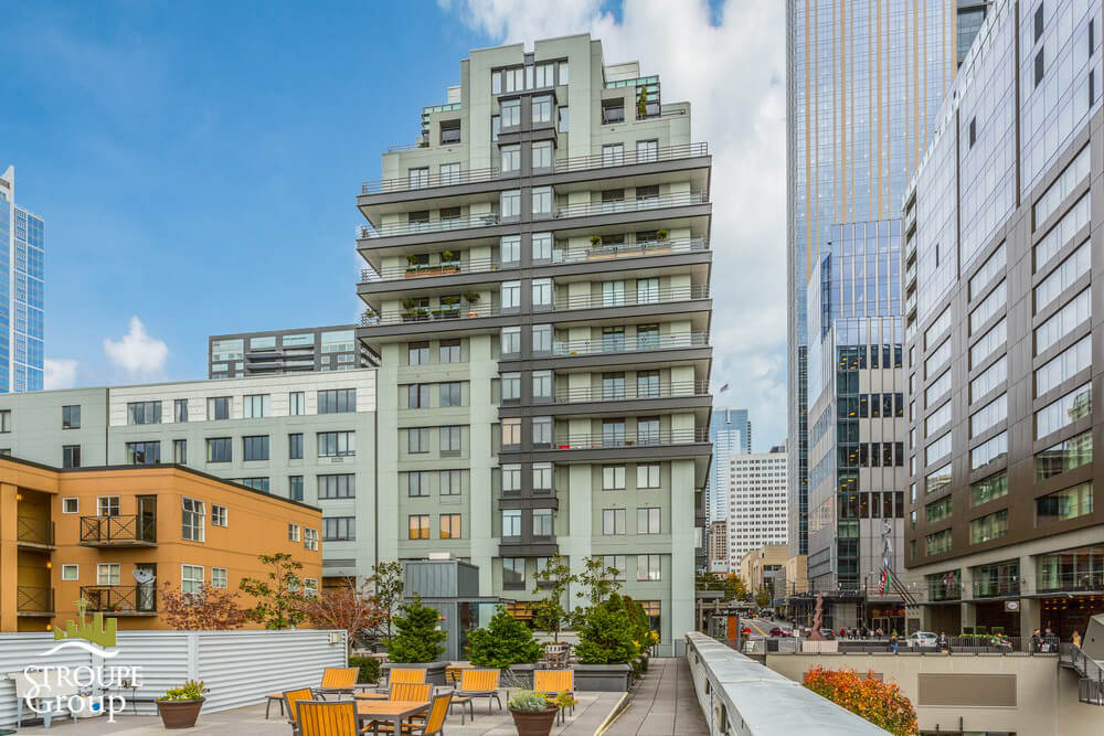 98union-condo-98-union-downtown-seattle-roof-deck2