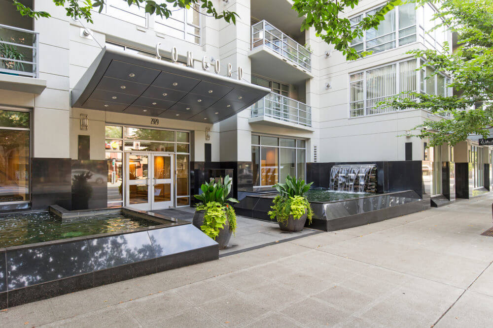 Concord condos Belltown Seattle main entrance