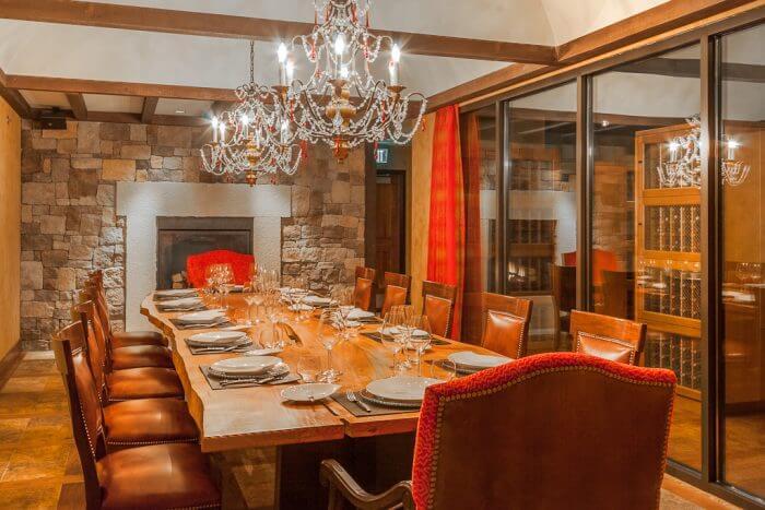 Escala condos Retail Core Seattle dining room