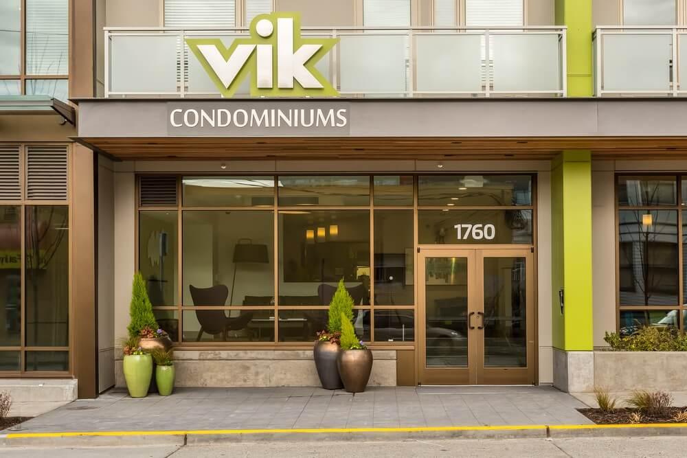 Vik Gallery 4